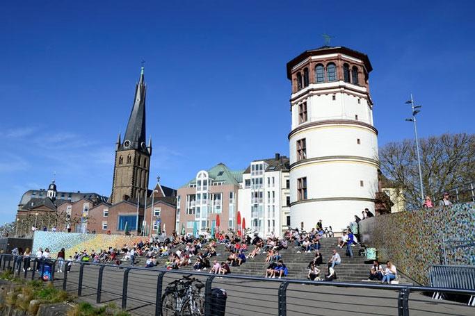 Düsseldorf Rheintreppen