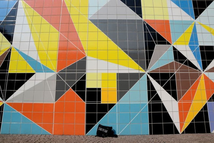 Düsseldorf Altstadt Tipps bunte Wand
