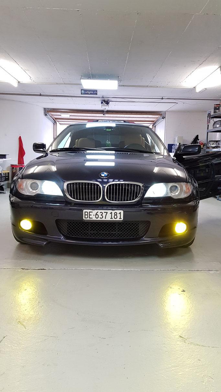 BMW E46 MIT GELBEN NEBELLICHTLED RALLYLOOK