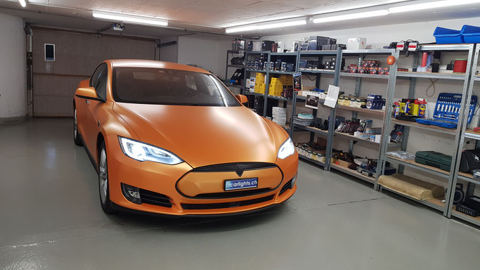 TESLA MODEL S P85D 2015 LED UMBAU  von Original Xenon D8S 2000LM auf LED 6800LM