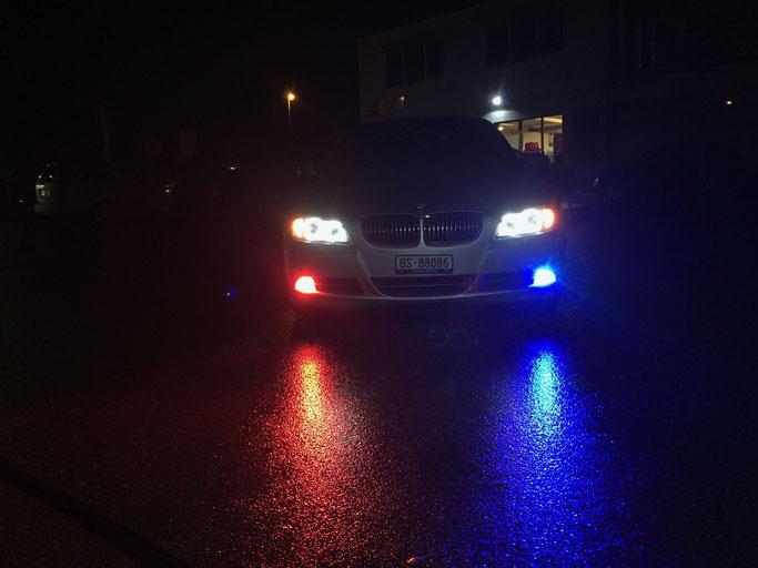 BMW MIT H8 LED ANGEL EYES FARBIG MIT HANDY APP STEUERUNG IM NEBELSCHEINWERFER