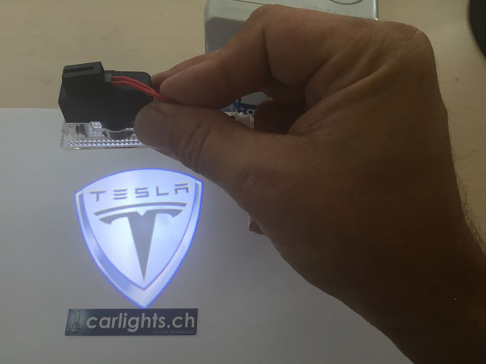 TESLA LED LOGO BEAMER