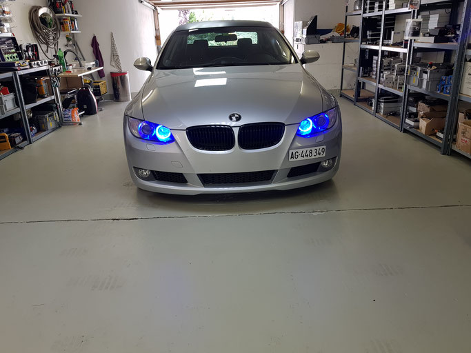 BMW LED ANGEL EYES BLAU RGB MIT HANDY APP STEUERBAR