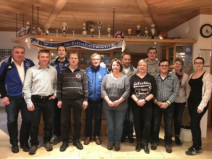 Das Schützenteam mit Vorstand Thorsten Held und zweitem Vorstand Dietmar Hemm