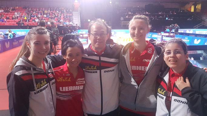 Foto LIU Österreich im Viertelfinale bei der WM 2018 in Schweden - vl Karoline Mischek, Liu Jia, Liu Yan Jun, Sofia Polcanova, Amelie Solja