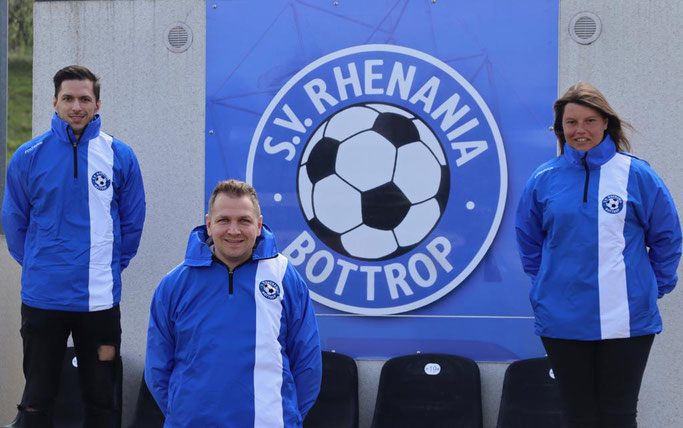 v.l.n.r. André Emmerich (Co-Trainer), Marcel Dietzek (Cheftrainer), Nathalie Budji (Co-Trainerin)