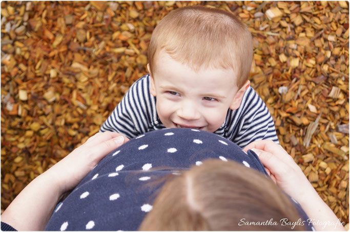 Samantha Baylis Fotografie Schwangerschaft Shooting Babybauch