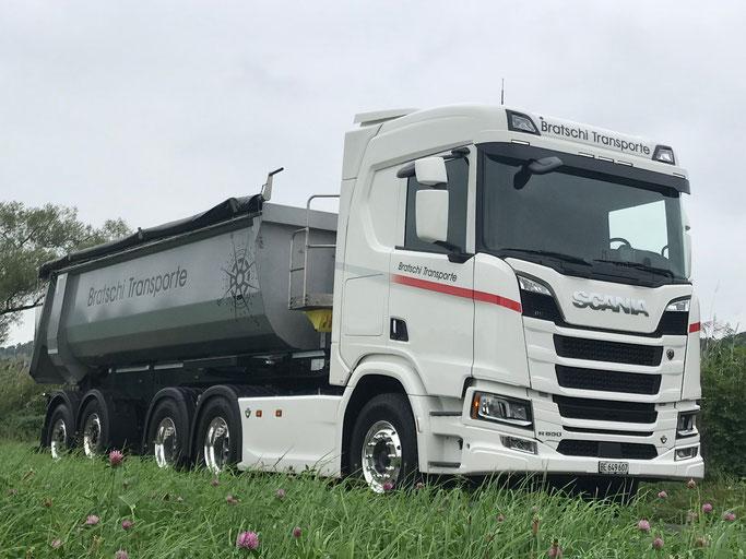 Scania R 650 mit Kippsatterauflieger Nutzlast 25.5 to