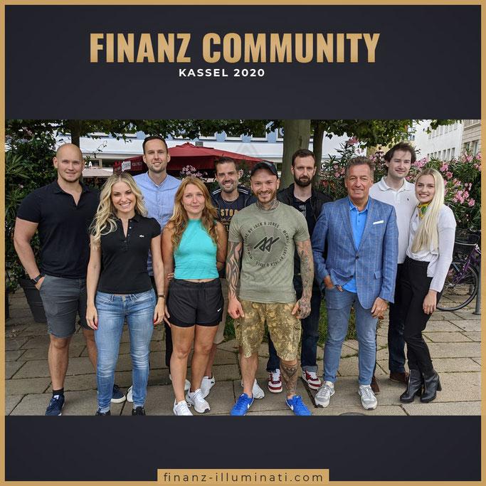 Finanz Community Finanz illuminati, NicolesAktienLust, Aktien4Future, Aktiengram, Finanzkroko, Dividendenbackpacker, Dovidende, Waikiki, Boersenpaar