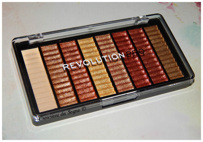 Supreme Eyeshadow RevolutionPro