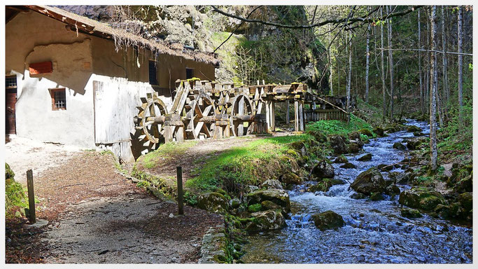 Wassermühle im Canyon am Wildbach Sass