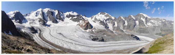 Bernina Gruppe. Persgletscher. Von links Piz Palü, Bellavista, mitte Piz Bernia, rechts Piz Morteratsch.