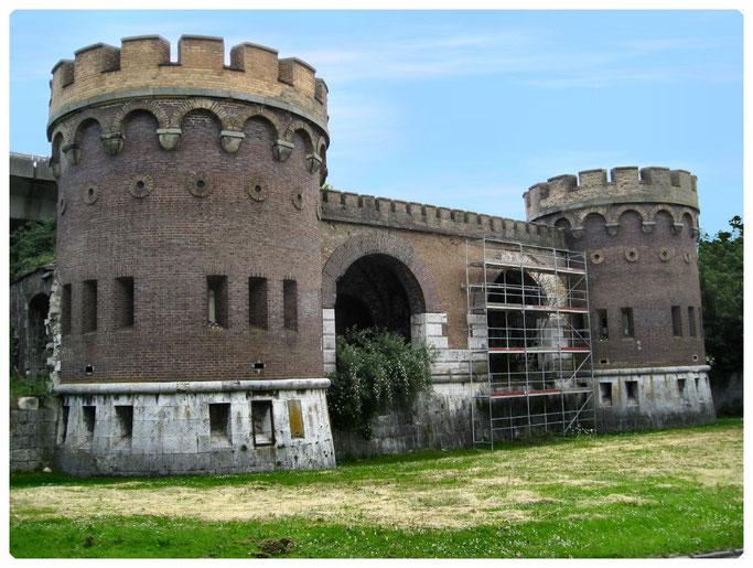 Bundesfestung Ulm, Werk VII    Blaubeurer Tor
