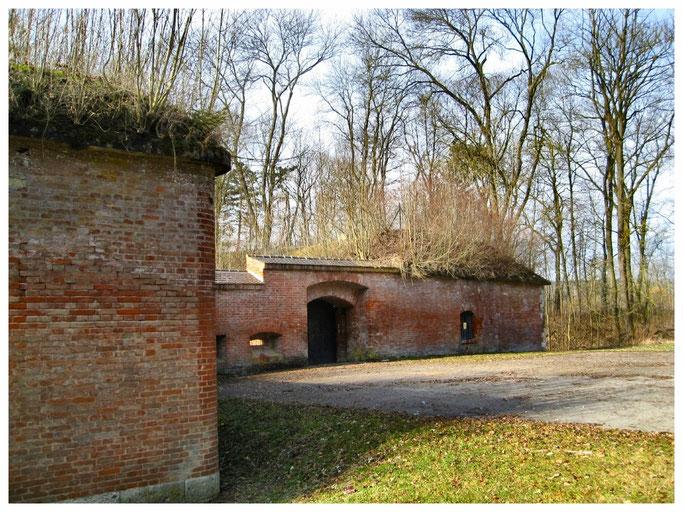 Bundesfestung Ulm, Die Forts der Neu-Ulmer Seite - Werk 14 Illerkanal