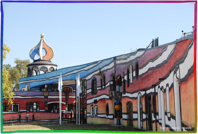 Ronald McDonald Hundertwasser-Regenbogenspiralhaus in Valkenburg NL