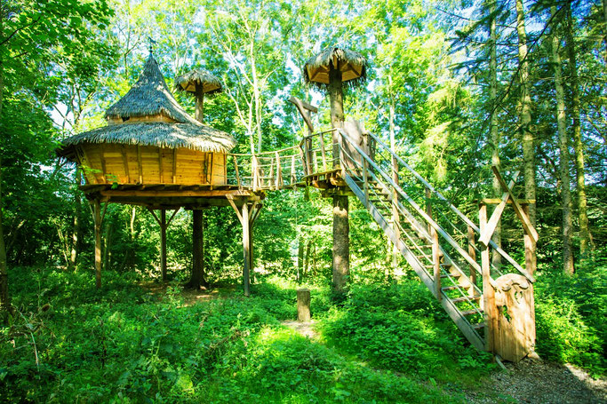 Spend a night in the romantic treehouse with your family!