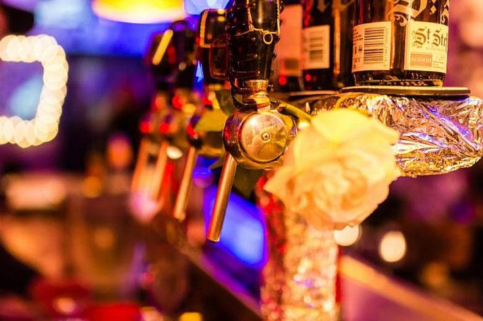 Paris bei Nacht Bars und Clubs
