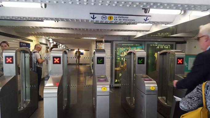 Metro Paris Tickets Eingang