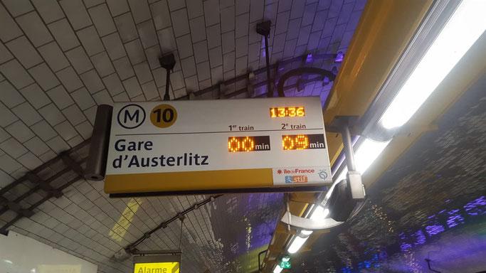 Metro Paris Anzeige nächster Zug