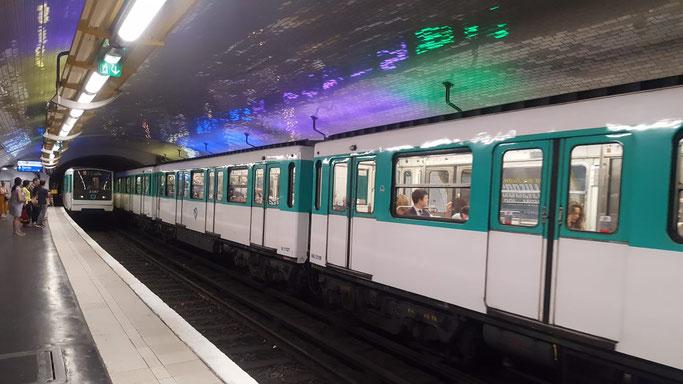 Metro Züge