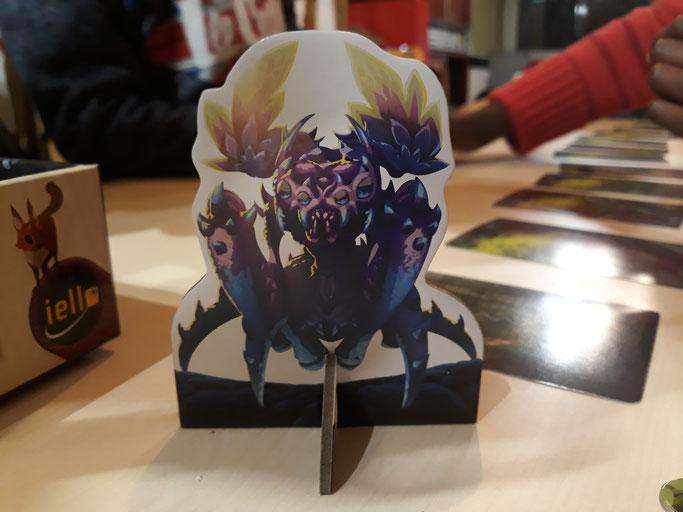 Figurine de la reine Dragonia à partir de laquelle nous allons nous inspirer pour réaliser notre personnage.