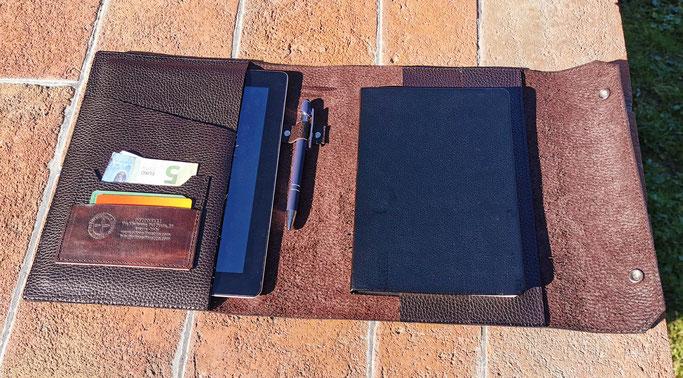 cover agenda tablet in pelle
