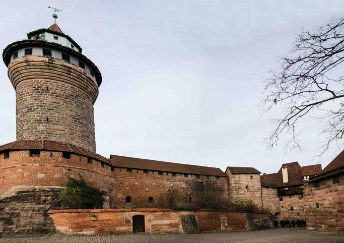 Neue Universität vor alter Kulisse: Nürnberg bekommt 2025 eine eigene TU. Foto: pxhere.