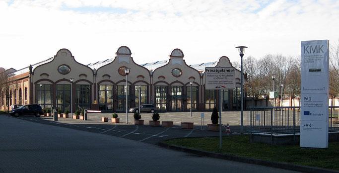Der Bonner Sitz der KMK im ehemaligen Straßenbahndepot