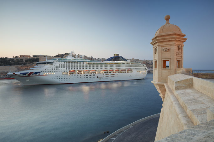 Jetzt Kreuzfahrten mit P&O Cruises zu Schnäppchen-Preisen buchen // © P&O Cruises