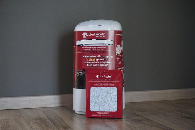 (Der LitterLocker Fashion und der separate Stoffbezug in der Originalverpackung)