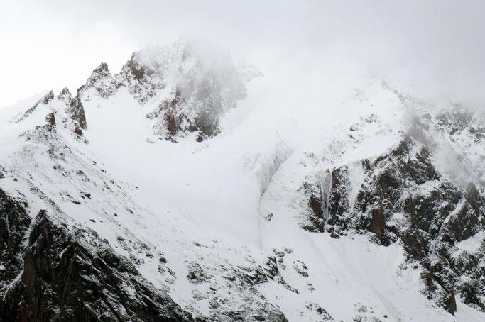 Prie Almatos stūkso aukšti kalnai/ Foto: Kristina Stalnionytė