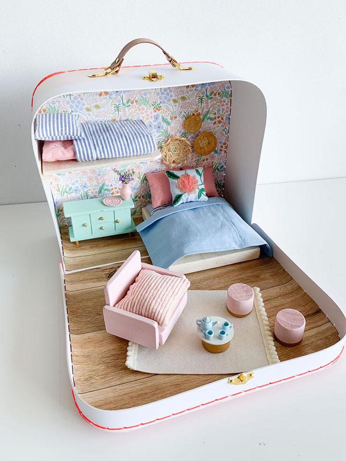 Etsy Qc, Relève, Le mini atelier, monde miniature, suitcase