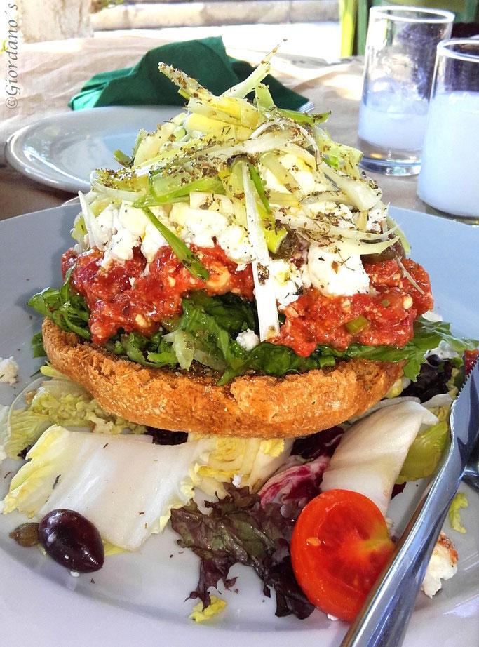 "Salatteller, Kretischer Salat ""Dako"""