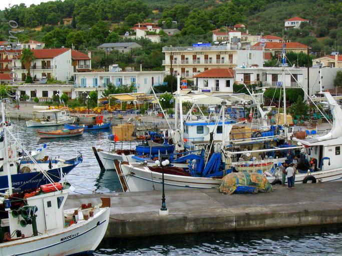 Agios Georgios-malerisches Fischerdorf auf Evia