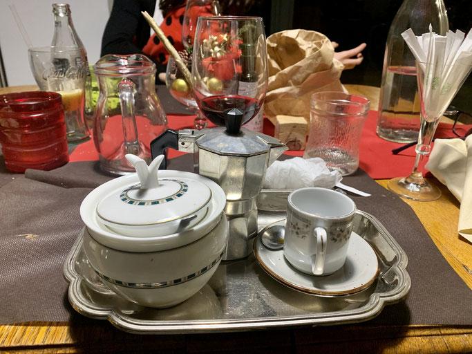Caffè servito al ristorante Xfood, San Vito dei Normanni