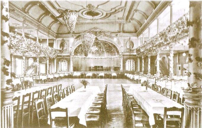 Saal der Alberthöhe um 1900. Hier fanden von 1900 bis 1925 viele Geflügelausstellungen statt.