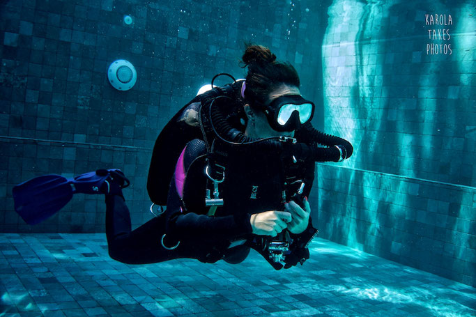 rebreather diving girls that scuba