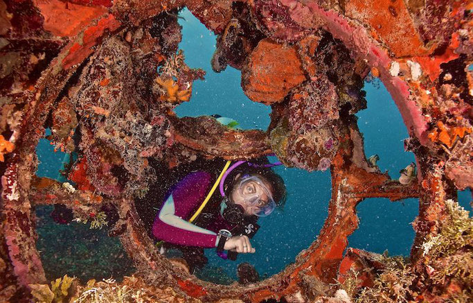 wreck diving micronesia