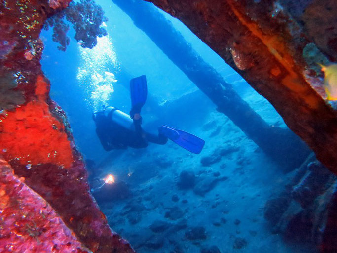 wreck diving in Indonesia