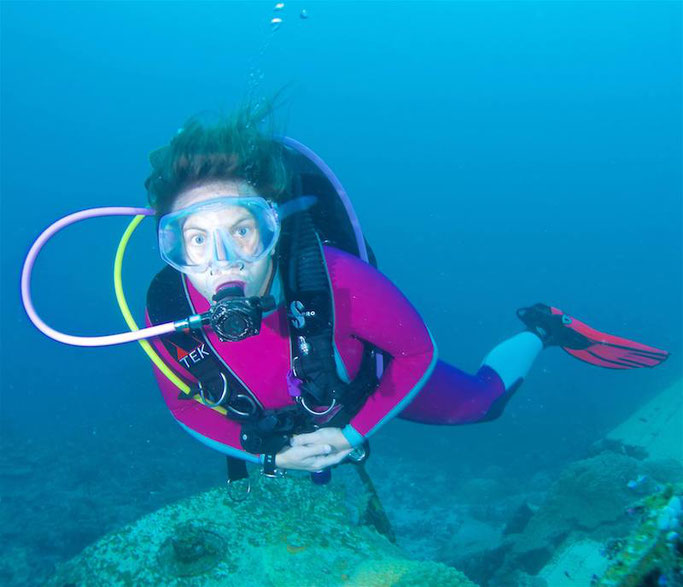 best women scuba dive wetsuits