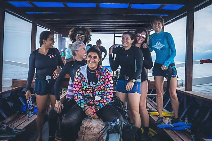 How much does it cost to get scuba dive certified around the world