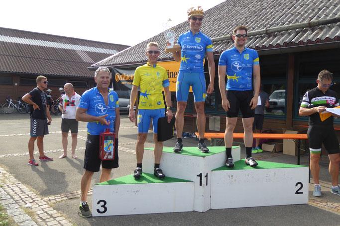 1. Platz: Stefan Aßfalg  / 2. Platz: Benjamin Weis  / 3. Platz: Martin Weckerle / Wanderlaterne: Karl Utz