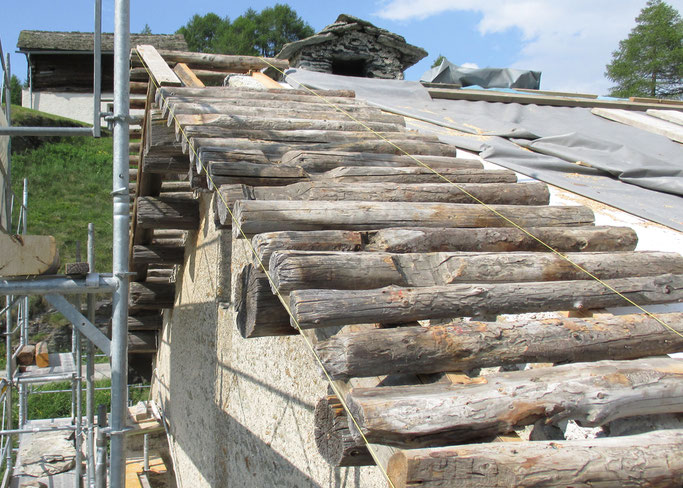 Salzgeber Holzbau S-chanf | Salzgeber Marangun S-chanf | Holzbau | Marangun | Dach | Tet | Holzdach | Tet da lain | Holzbauplanung | Restauration