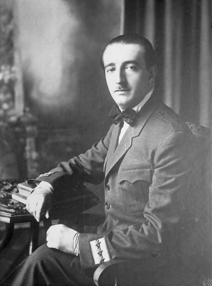Ahmet Zogu - Roi des Albanais