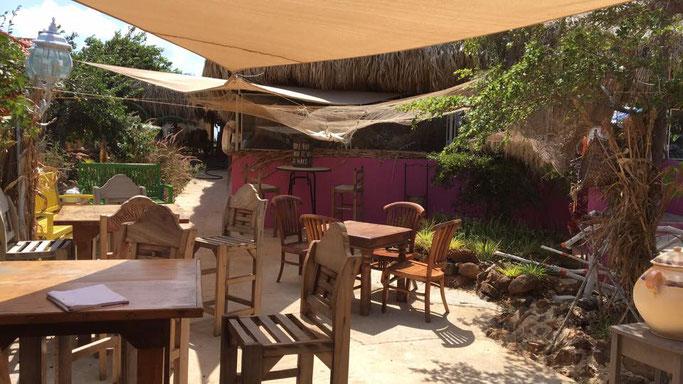 shelterrock-paradise-urlaub-curacao-restaurant
