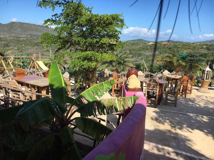 shelterrock-paradise-aussicht-urlaub-curacao-villa-ferienhaus-pool-karibik