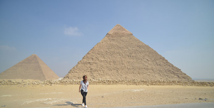 how much does it cost to go to the pyramids ?
