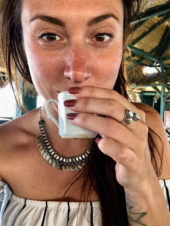 Sarah Richard travel blogger