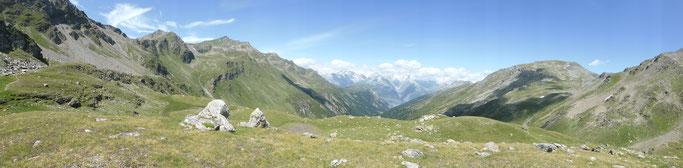 Panorama über das Nanztal ins Wallis