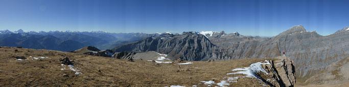 Panorama Richtung Berner Alpen